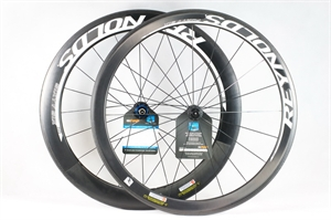 Picture of Reynolds FORTY SIX / SIXTY SIX Carbon Clincher Wheelset